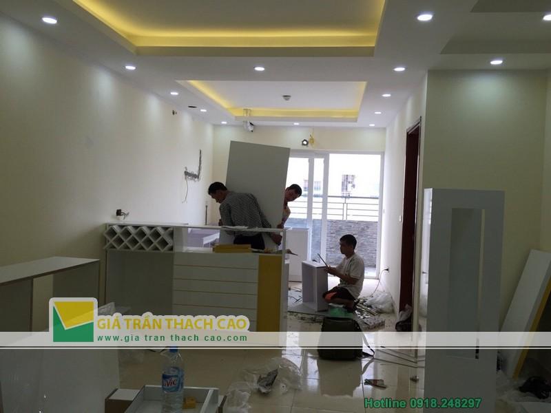 Hoàn thiện thi công trần thạch cao cho nhà anh Bát ở Nam Đô 011