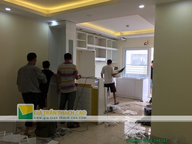 Hoàn thiện thi công trần thạch cao cho nhà anh Bát ở Nam Đô 018