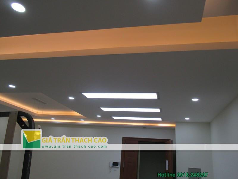 Hoàn thiện trần thạch cao giật cấp cho nhà anh Quang ở Dương Nội 04